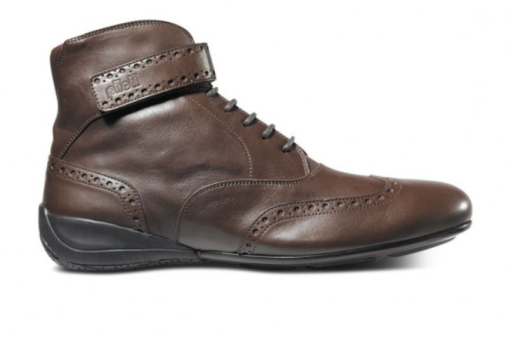 Piloti Luxury range of driving shoes