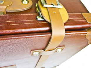 Morgan Suitcase in Brown Leather