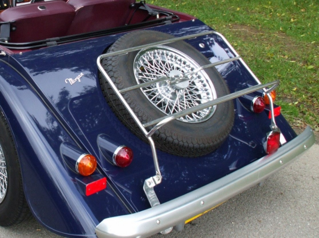 Morgan 2-seater luggage rack without sidescreen storage