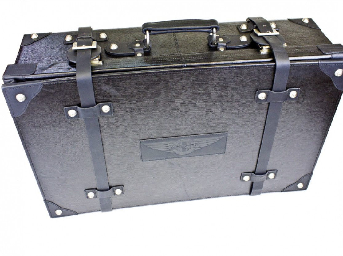 Morgan Suitcase in Black Leather