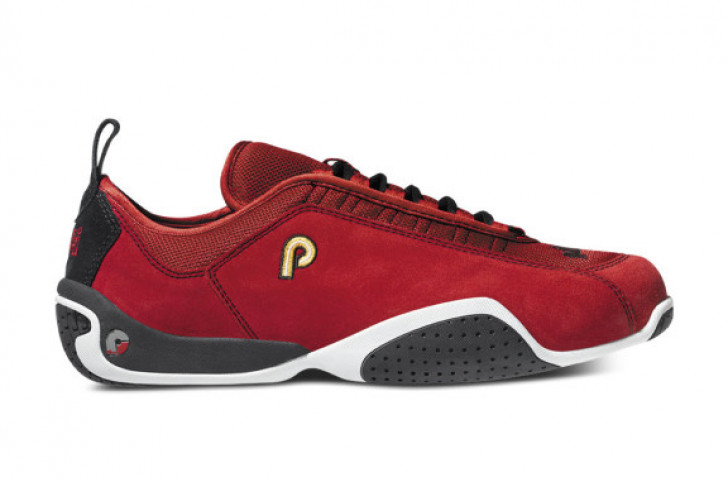 Piloti Spyder in red suede